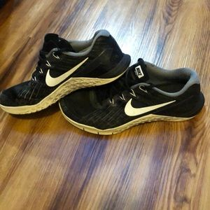 Nike Shoes - Nike metcon 3